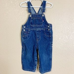 9af16fc7 Tommy Hilfiger Jean overalls size 12-18 months